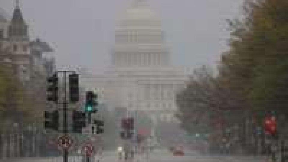 Sandy provoca il peggior blackout dal 2003 a New York