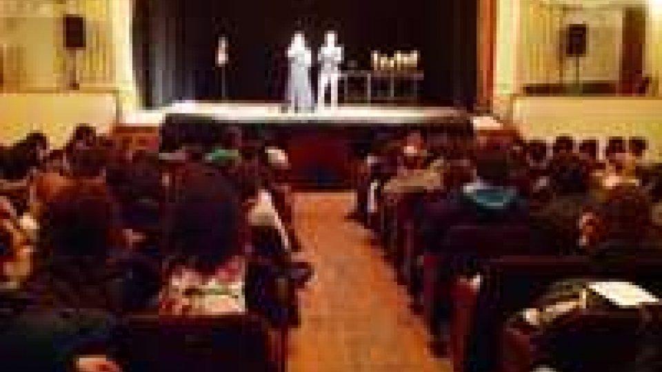 """""""Diversiàmoci"""": 127 ragazzi della Scuola Secondaria Superiore al Teatro Titano"""