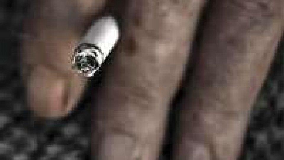 Il fumo invecchia precocemente il cervello