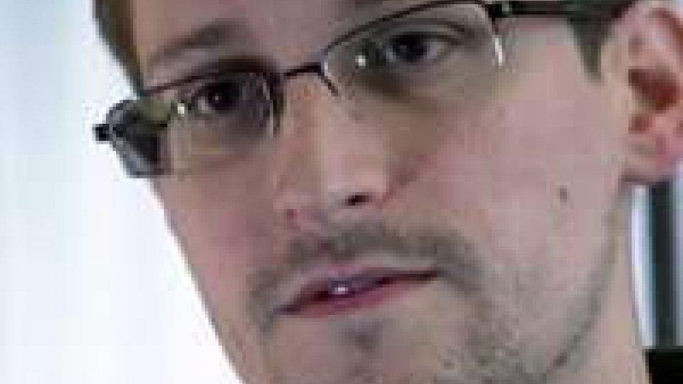 Snowden, ricevuta richiesta asilo in Venezuela
