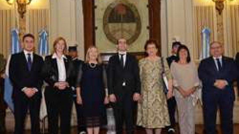 San Marino: Renzi rientra dopo i proficui incontri con istituzioni argentine e comunità sammarinesi