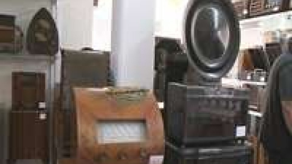 Radio storiche in mostra a BellariaRadio storiche in mostra a Bellaria