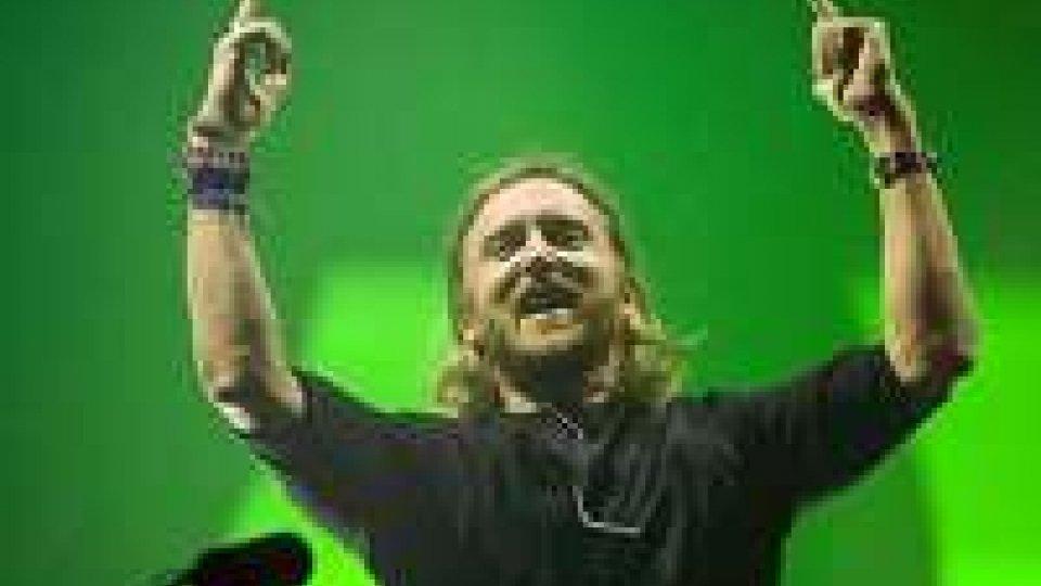 No al concerto del dj David Guetta a Bangalore