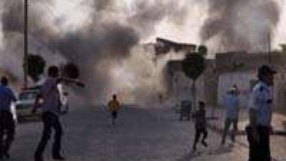 Bangladesh: morti negli scontri tra polizia e islamici