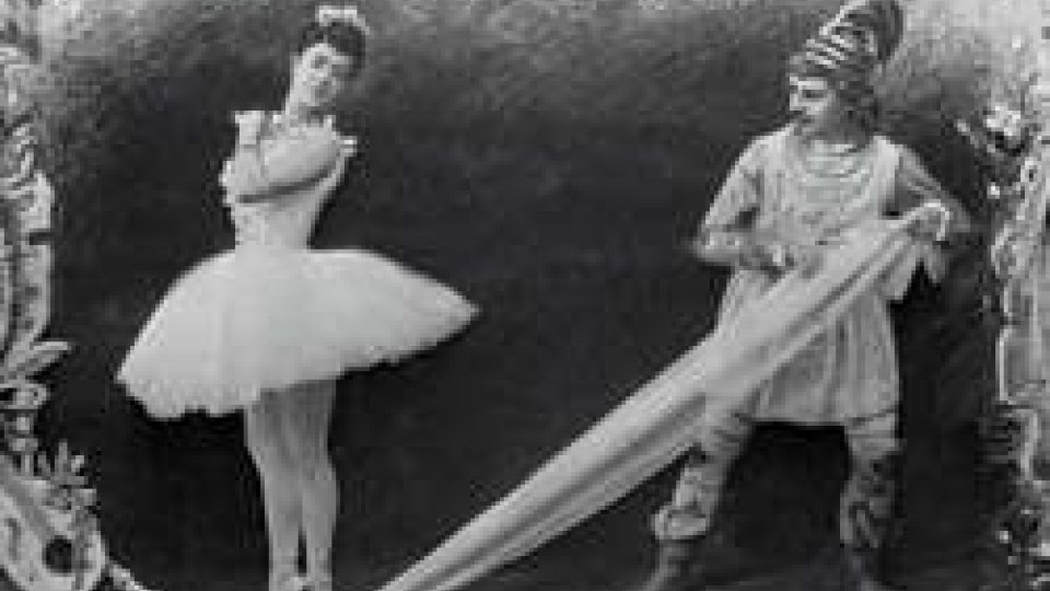"""La prima rappresentazione del balletto """"Lo schiaccianoci"""""""