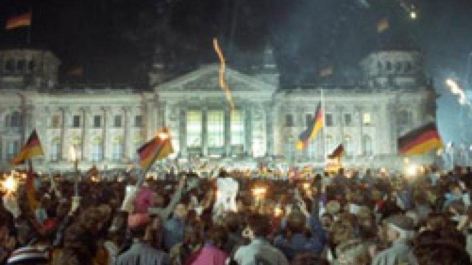 3 ottobre 1990: le due Germanie si riuniscono