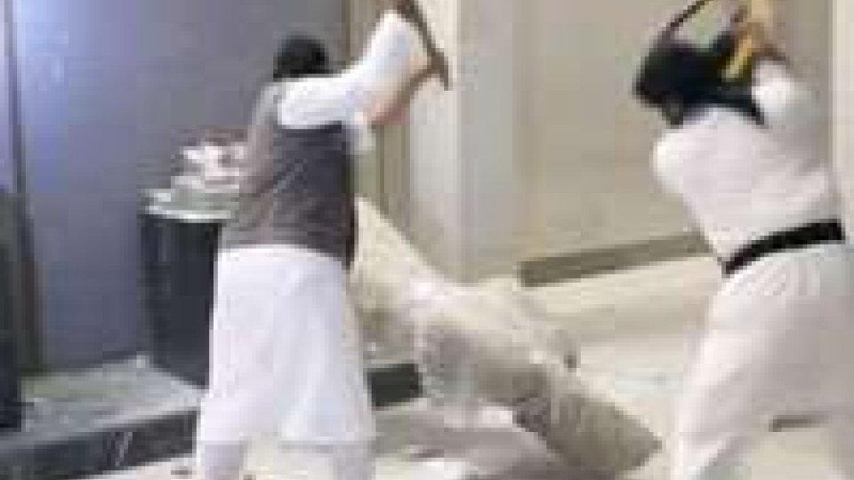 Scempio Isis: a Ninive 3mila anni di storia sbriciolati in pochi minuti