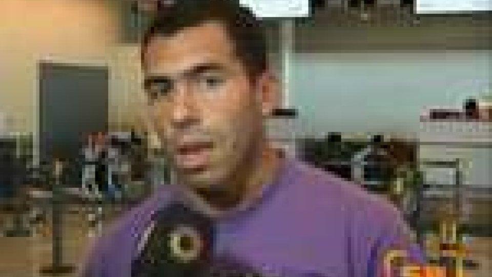 Saltato il passaggio in rossonero,Tevez fa pace con Mancini