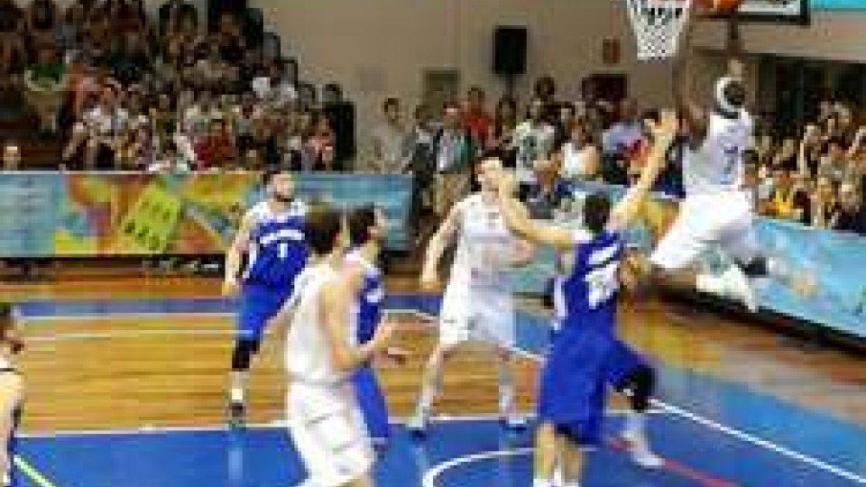Basket, troppo Lussemburgo per San Marino: 99-44Basket, troppo Lussemburgo per San Marino: 99-44