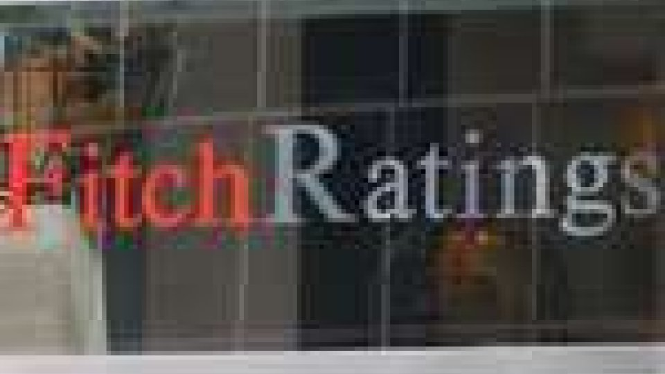 L'agenzia di rating Fitch potrebbe tagliare il rating italiano