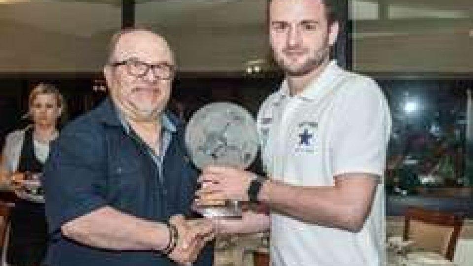 Luciano Casadei Nicola GaiNicola Gai (Tre Penne) ha vinto il Pallone di Cristallo