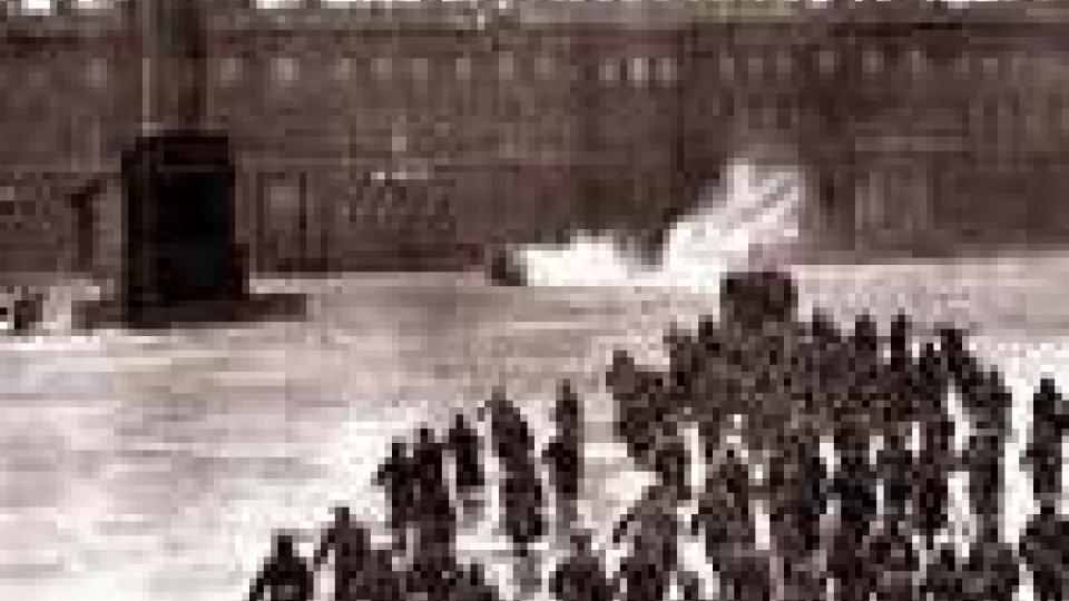 Oggi le celbrazioni per l'aniversario della rivoluzione d'ottobre