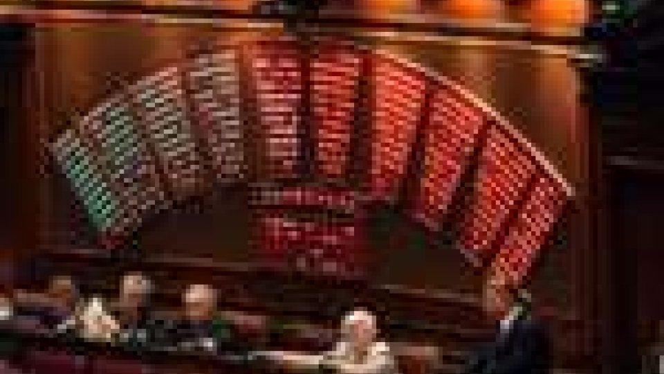 Politica italiana. Domani alla Camera il voto sulla manovra