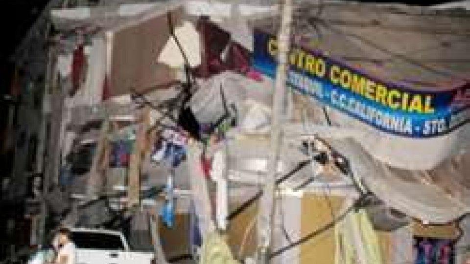 Il terremoto in EcuadorTerremoti: scosse devastanti in Ecuador e in Giappone