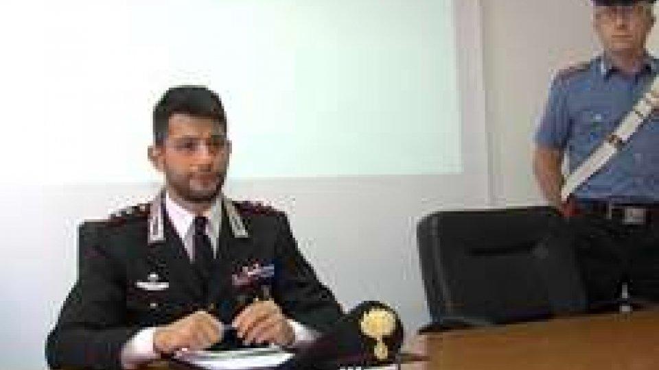 La conferenza stampa dei CarabinieriMolestata a 10 anni in pieno giorno. Arrestato 54enne di Cattolica