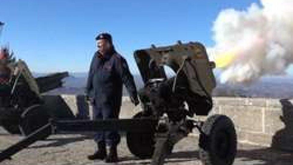 Il colpo di cannoneColpi di cannone sul Titano, le Milizie celebrano Santa Barbara