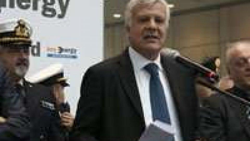 """Ecomondo: Mularoni incontra ministro Galletti su """"incentivi"""" per rifiuti.Ecomondo: Mularoni incontra ministro Galletti su """"incentivi"""" per rifiuti"""