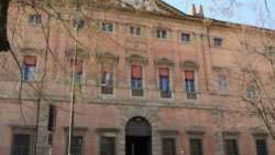 Rimini: sequestrate le quote societarie di De Meis
