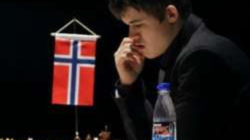Scacchi: Magnus Carlsen campione del mondo