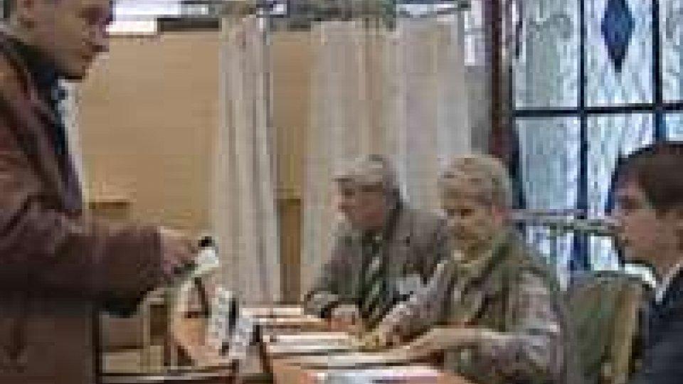 Voto in Bielorussia: al voto il 74,2% della popolazione