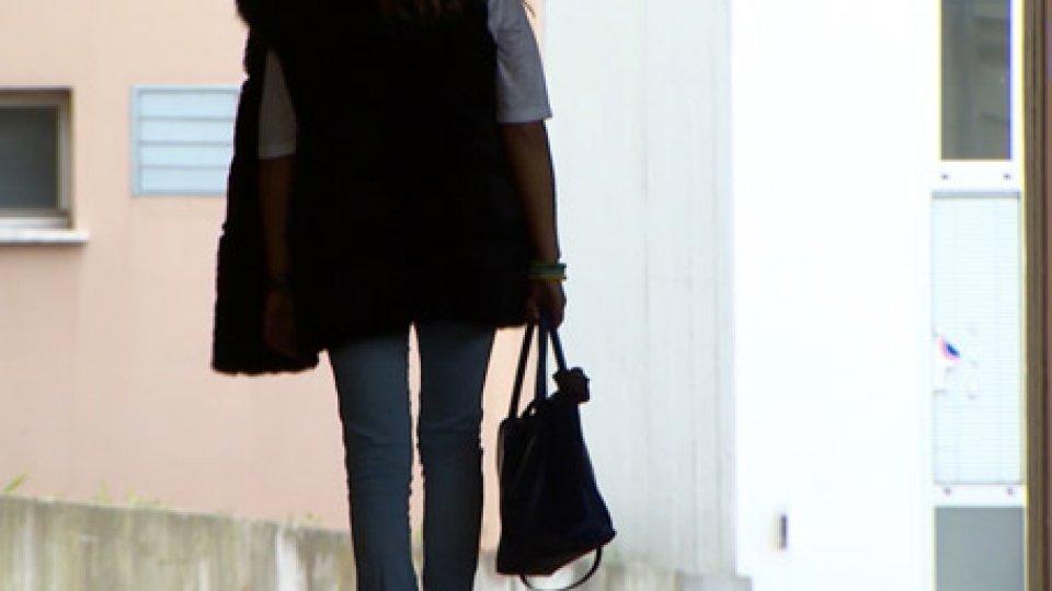 """Un giorno nei panni delle donneCommissione Pari Opportunità: un pomeriggio """"Nelle nostre scarpe"""""""