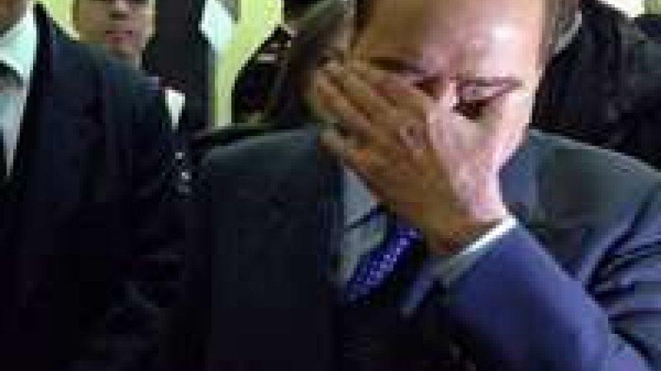 """Berlusconi: """"sono innocente ma il governo deve andare avanti"""""""