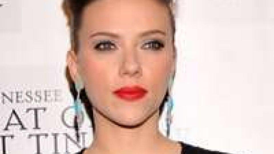 Scarlett Johansson fonda una band al femminile