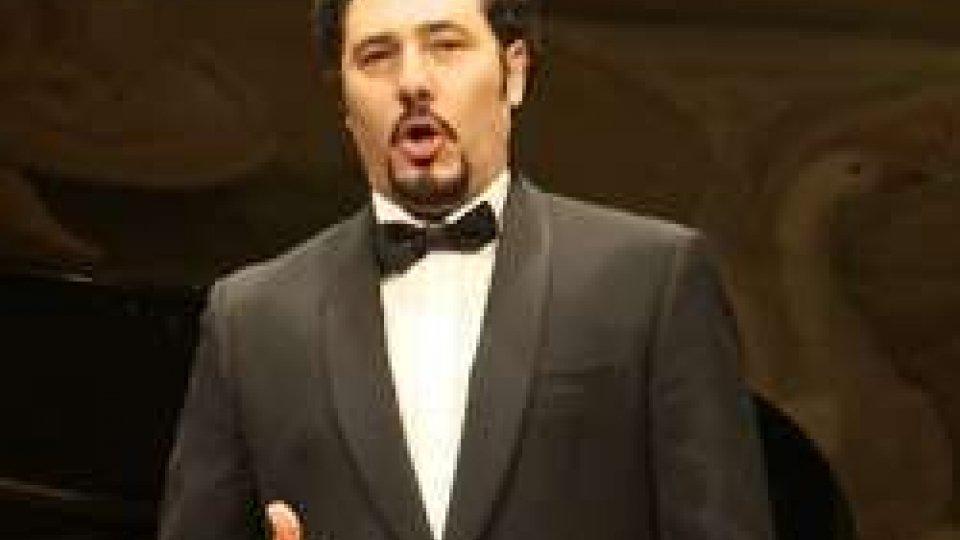Stefano La Colla25 anni di Associazione oncologica sammarinese: al Titano concerto con i grandi classici [VIDEO]