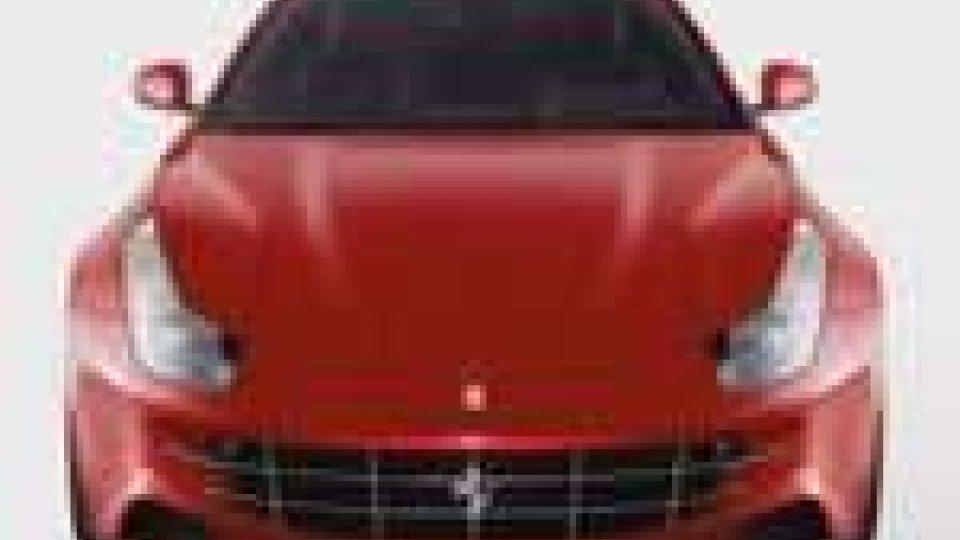 Presentata in anteprima mondiale la nuova Ferrari