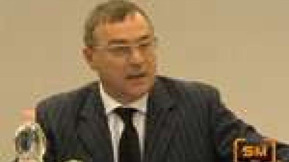 San Marino - Paolo De Biagi oggi in Tribunale per il giuramento di calunniaPaolo De Biagi oggi in Tribunale per il giuramento di calunnia