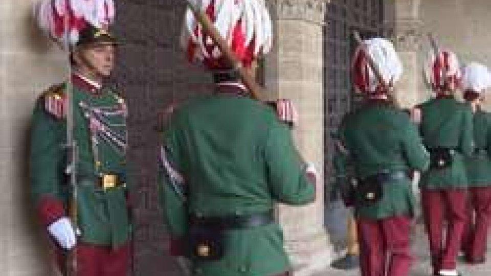 cambio della Guardia a Palazzo