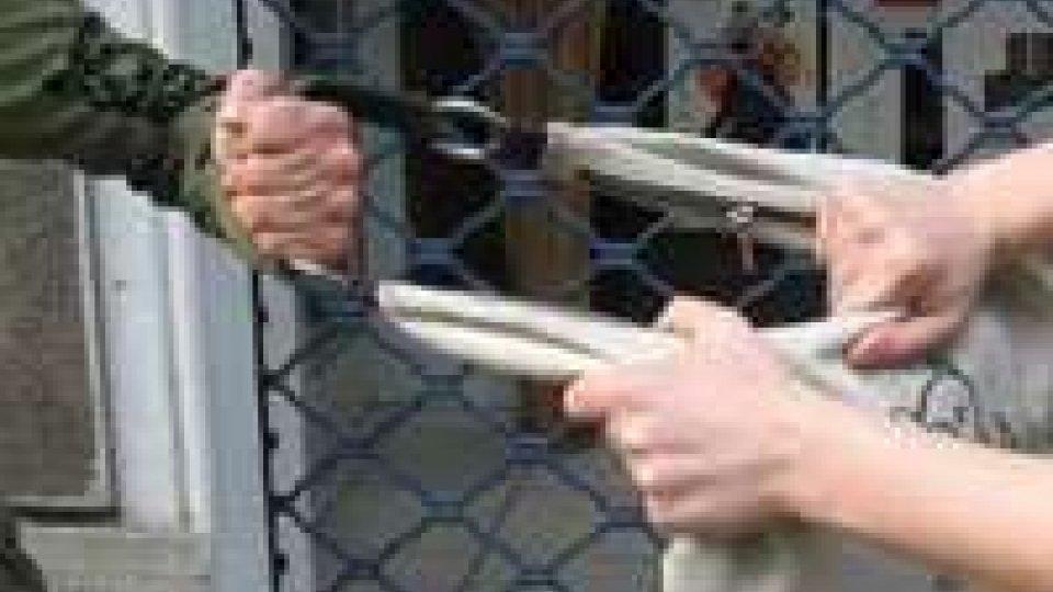 Milano: ragazza insegue ladro e si riprende telefonino scippato