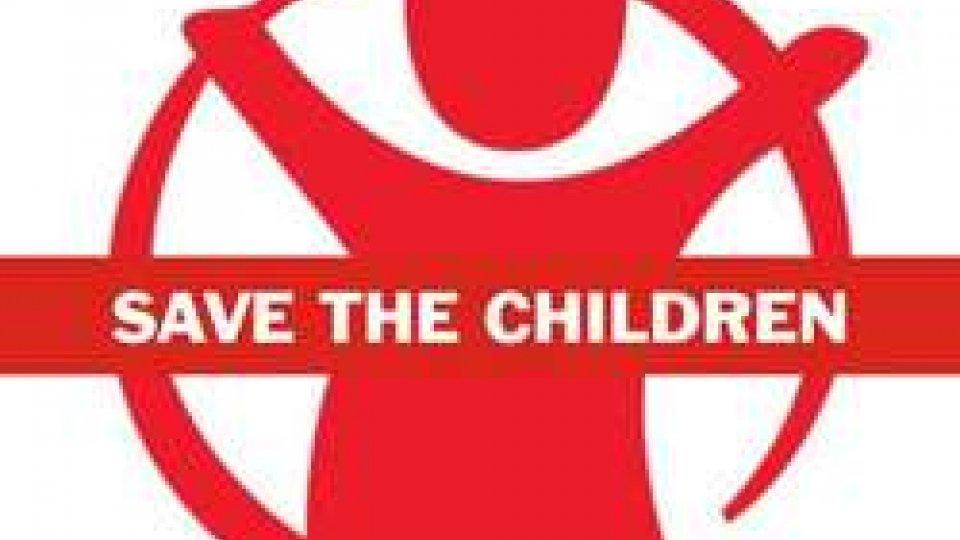 Frizzi: Save the Children, col suo sorriso sempre accanto ai bambini