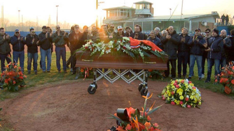L'ultimo saluto a Rino ZangheriBaseball: l'ultimo saluto di Rimini al 'Pres' Rino Zangheri