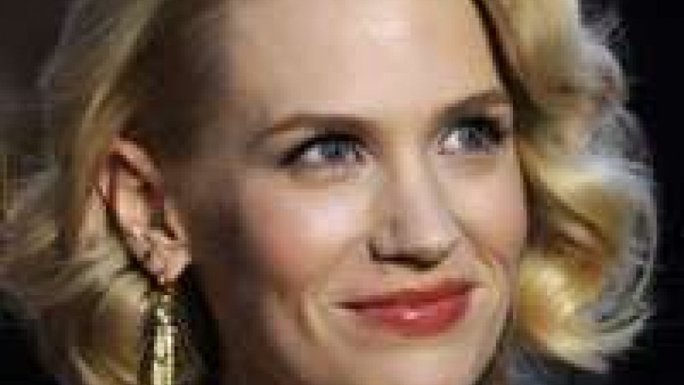 Le assurdità delle celebrità: la Jones ha mangiato la propria placenta