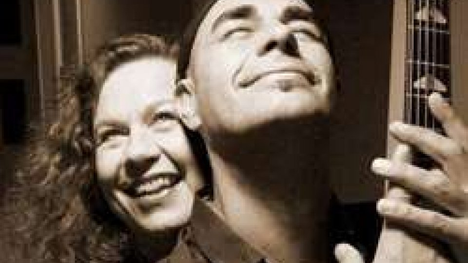 8 marzo: Sarah Jane Morris insieme ad Antonio Forcione al Teatro Titano