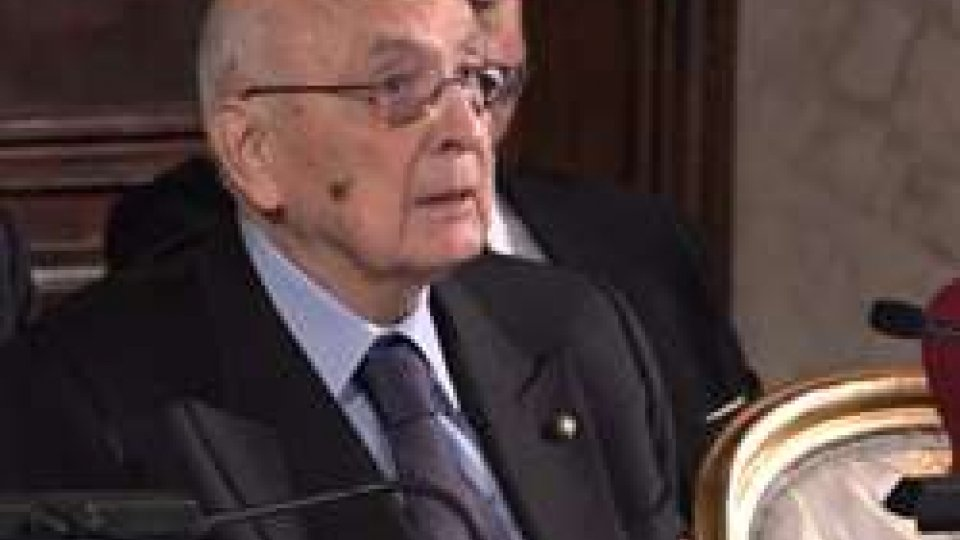 Giorgio NapolitanoElezioni, a fianco di Paolo Gentiloni si schiera anche l'ex presidente Napolitano
