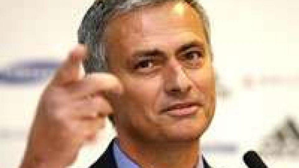 Calcio: Mourinho, giocatori come uova e squadra è omelette