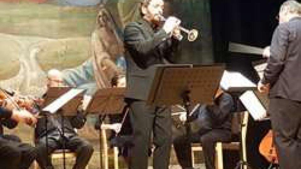 Andrea Lucchi infiamma il pubblico del Titano