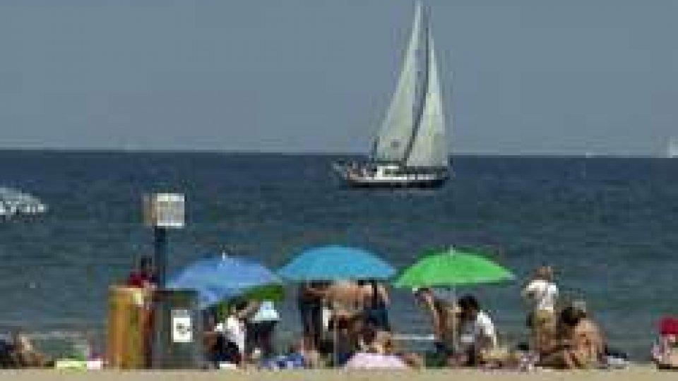 Ponte del 2 giugno: 8 milioni in vacanza, prescelto il mare