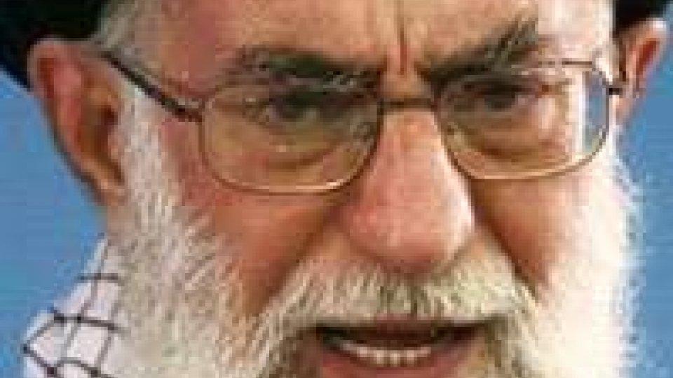 """Elezioni in Iran. Ali Khamenei: """"daremo uno schiaffo all'arroganza globale"""""""