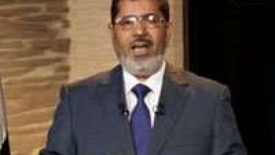 Morsi difende le sue ragioni in tv