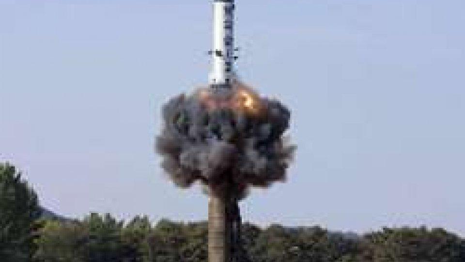 Corea Nord: lanciato un altro missile. Il vettore finisce nel Mar del Giappone