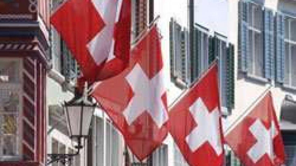 Stipendio di cittadinanza a 2.250 euro: bocciato referendum in Svizzera