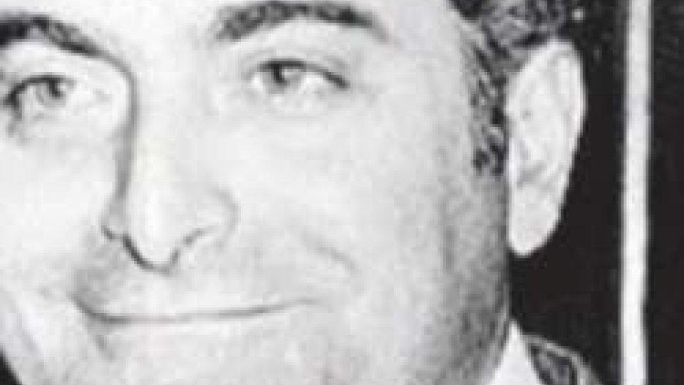 Piersanti MattarellaPiersanti Mattarella: ritratto di un martire della lotta alla Mafia