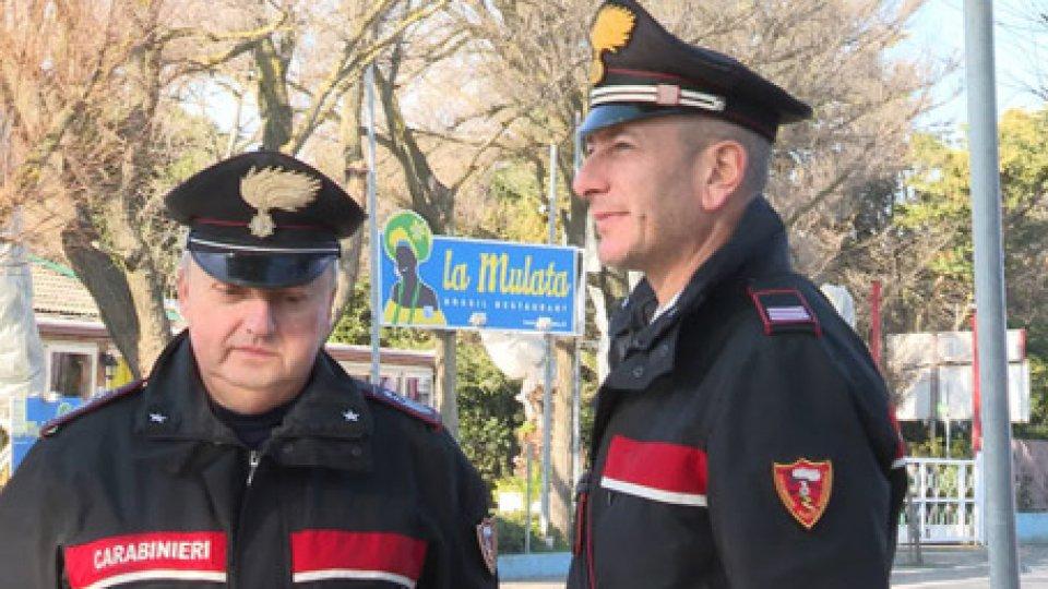 Carabinieri sul luogo dell'accoltellamento
