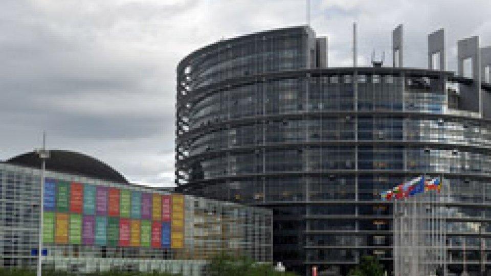 Parlamento EuropeoUe: il Parlamento condanna il premier ungherese Orban, scontro sovranisti-europeisti