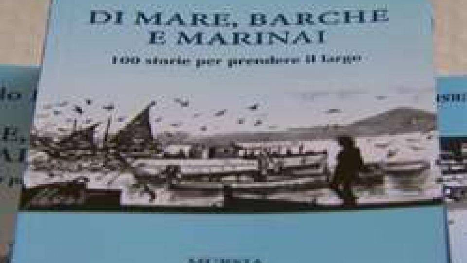 """Di mare, barche e marinai""""Di mare, barche e marinai"""" di Carlo Romeo approda in Sicilia"""