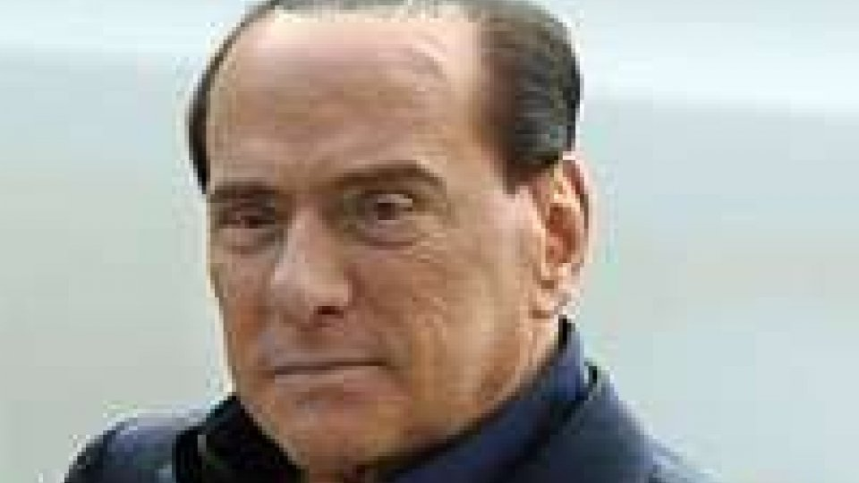 """Silvio Berlusconi: """"Lo spread è un imbroglio"""""""