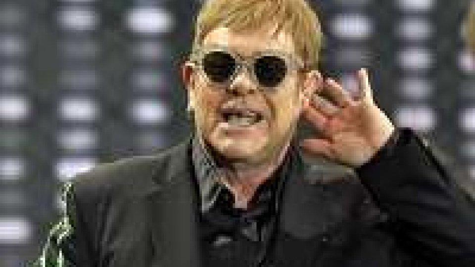 Elton John, prossimo tour sarà l'ultimo